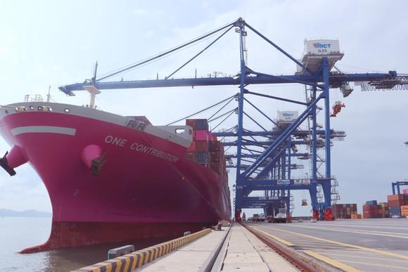Việt Nam có ba cảng container nằm trong Top 100 của thế giới.