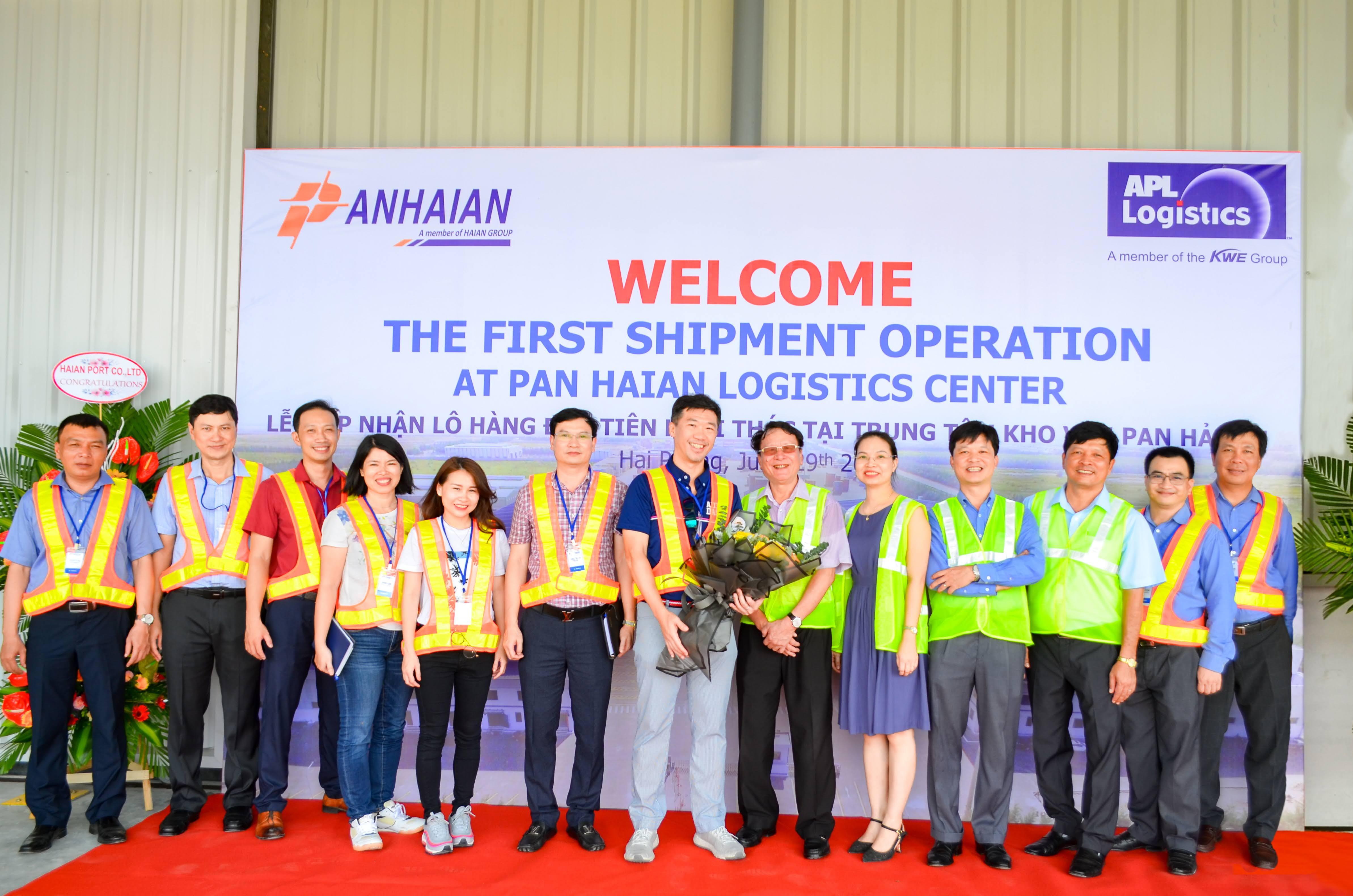 Trung tâm kho vận PAN HẢI AN khai thác lô hàng đầu tiên của APL Logistics